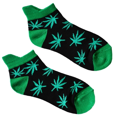 Groovin Green Hemp Leaf Black Ankle Socks